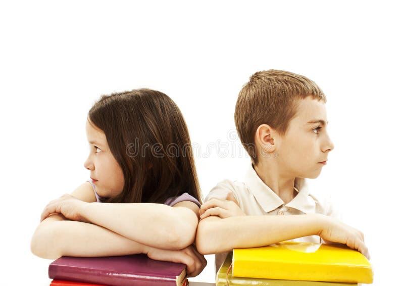 Instrução, crianças, irritadas, com livro colorido imagens de stock royalty free