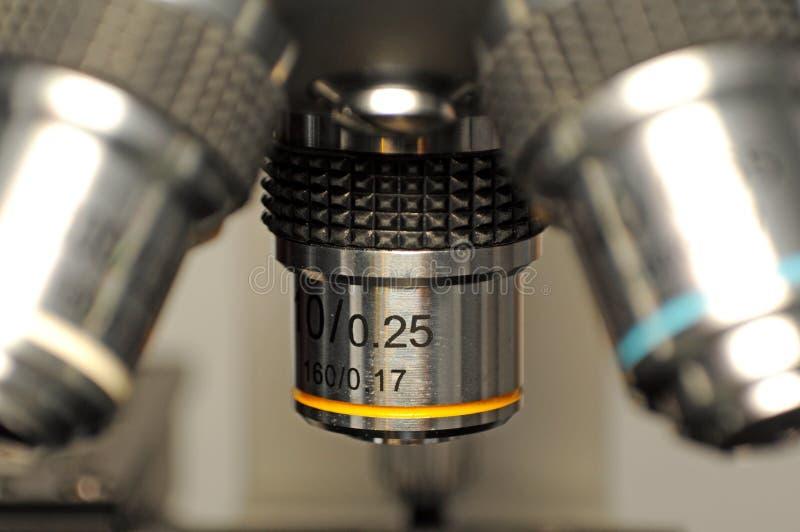 Instruction-macro de microscope photos libres de droits
