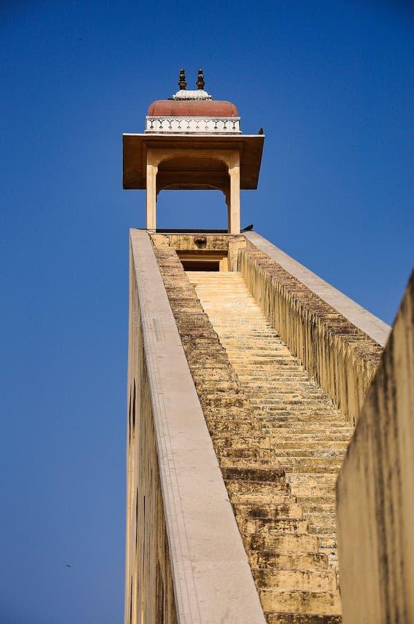 Instrument astronomique à l'observatoire de Jantar Mantar à Jaipur, Inde photos stock