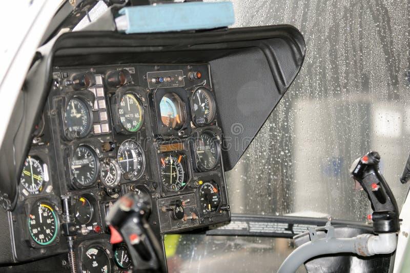 Instrumentacja w ratowniczym helikopterze, kokpit zdjęcia royalty free