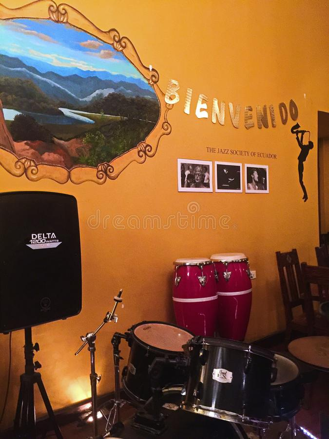 Instrumenten in Jazz Society van Ecuador stock afbeeldingen