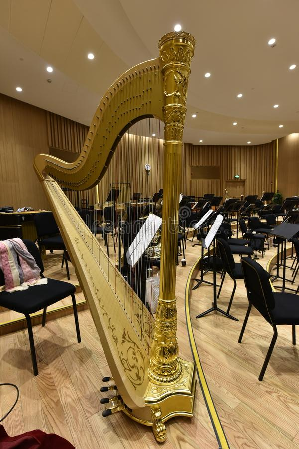 Instrumento de la sinfonía de la arpa fotografía de archivo