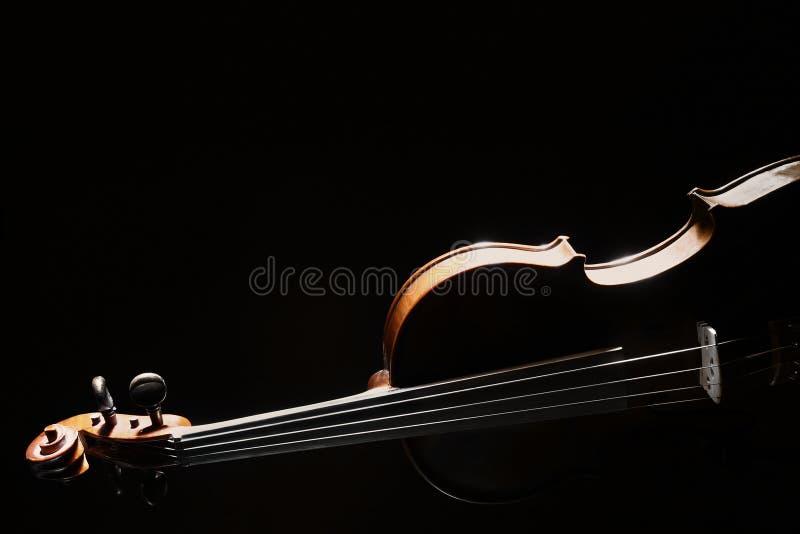 Instrumento de música de la orquesta del violín fotografía de archivo
