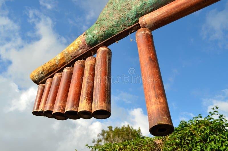Instrumento musical de bambú fotos de archivo