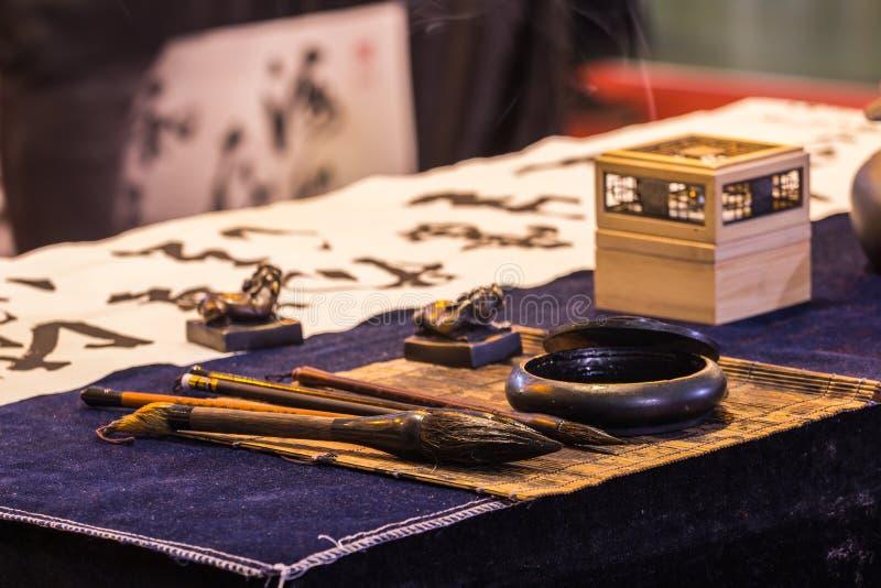 Instrumentos chinos de la escritura de la caligrafía imagen de archivo libre de regalías
