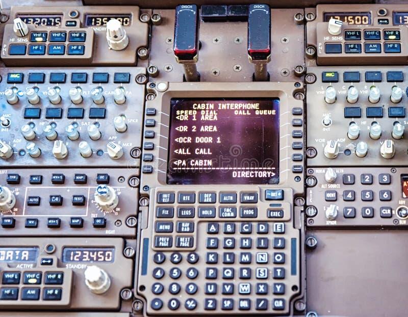 Instrumentos de la comunicación de Jet Cockpit Flight fotografía de archivo libre de regalías