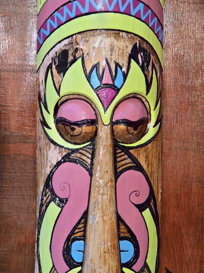 Instrumentos de m?sica coloridos fuera de la madera en Portugal imagenes de archivo
