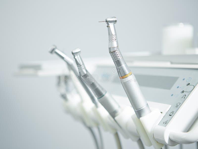 Instrumentos e broca dentais fotos de stock royalty free