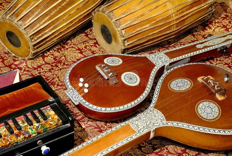 Instrumentos musicales indios imagen de archivo