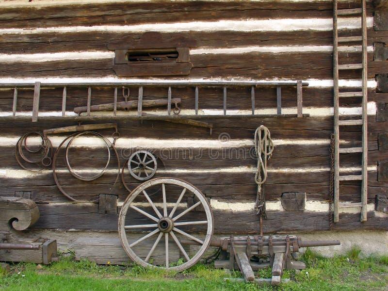 Instrumentos viejos de la granja foto de archivo libre de regalías