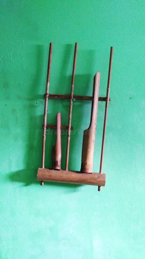 instruments de musique traditionnels d'angklung photographie stock