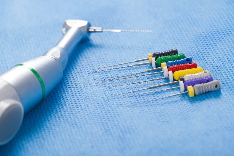 Instruments dentaires image libre de droits