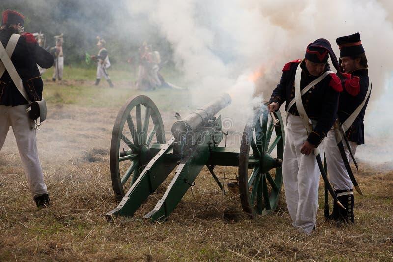 Inszenierung des Kampfes der napoleonischen Ära lizenzfreies stockfoto