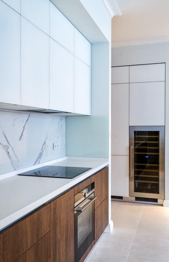 Download Intérieur à La Maison Moderne Image stock - Image du conception, indoors: 77157573