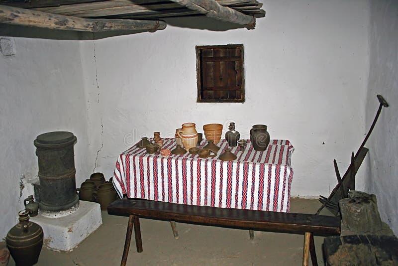 Intérieur à la maison traditionnel roumain 10 images stock