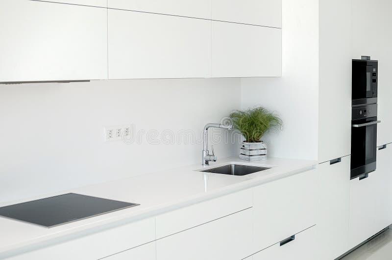 Intérieur blanc Conception intérieure de Minimalistic Fourrure moderne image stock