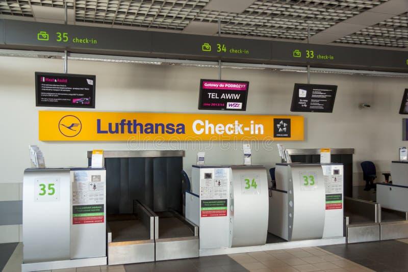 Intérieur d'aéroport international de Katowice - Pyrzowice, Pologne photos stock