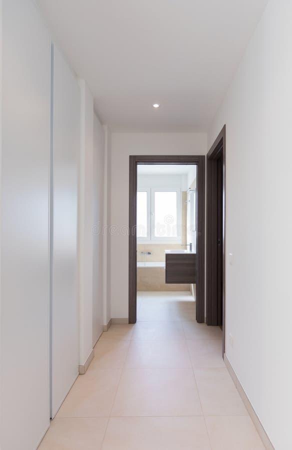 Intérieur D\'appartement Moderne, Couloir Photo stock - Image du ...