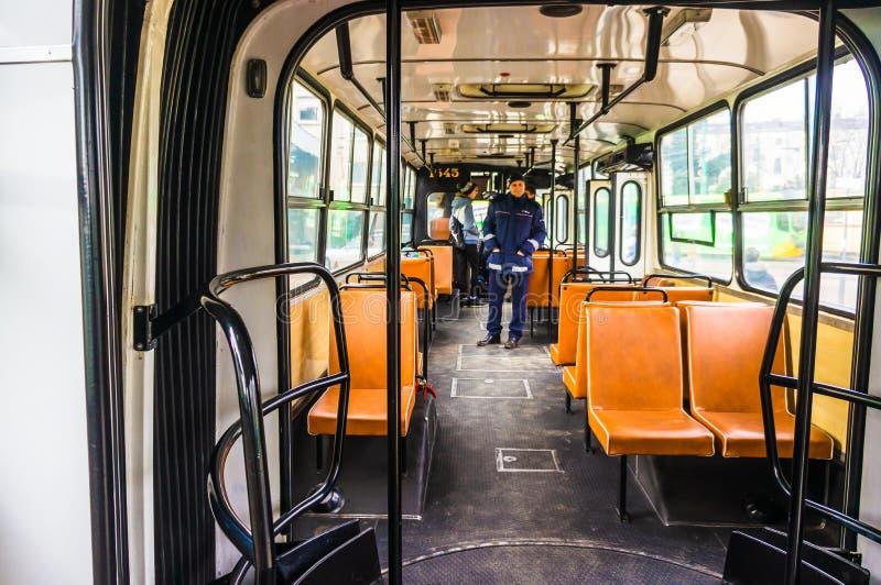 Intérieur d'autobus d'Ikarus photographie stock libre de droits