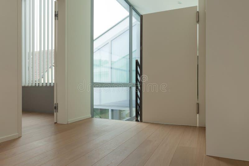 Intérieur d'un grenier moderne image stock