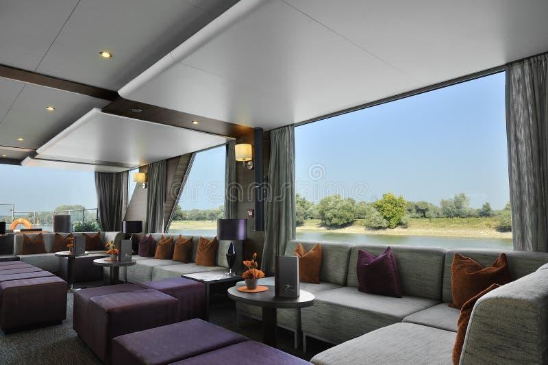 Beautiful Salon De Luxe Fairview Photos - Amazing House Design ...