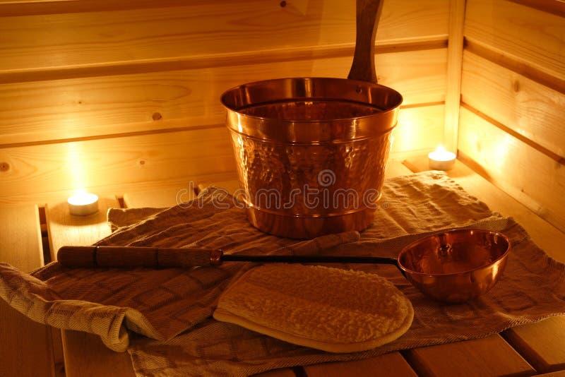 Intérieur d'un sauna finlandais images stock