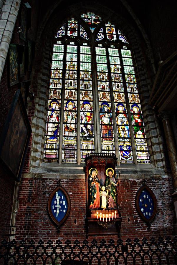 Intérieur d'une église - 58 image stock