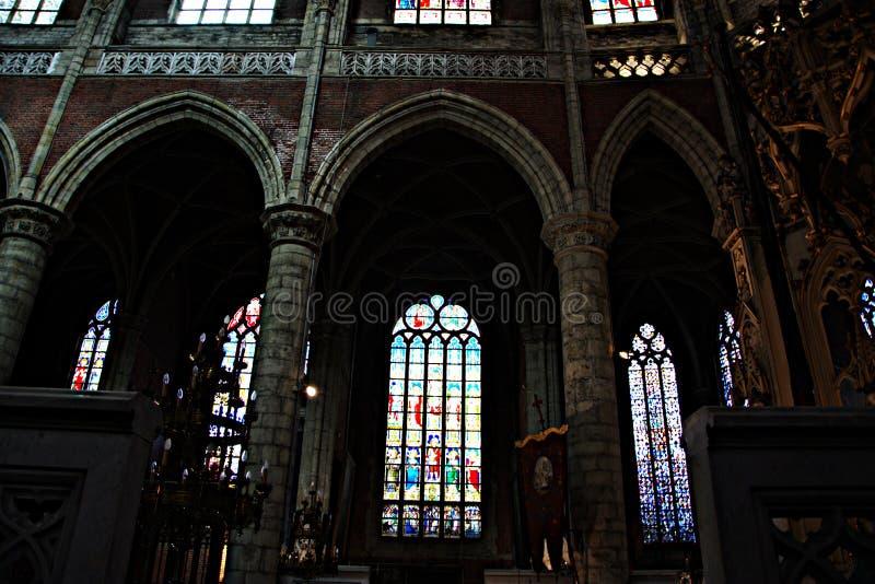 Intérieur d'une église - 62 photo libre de droits
