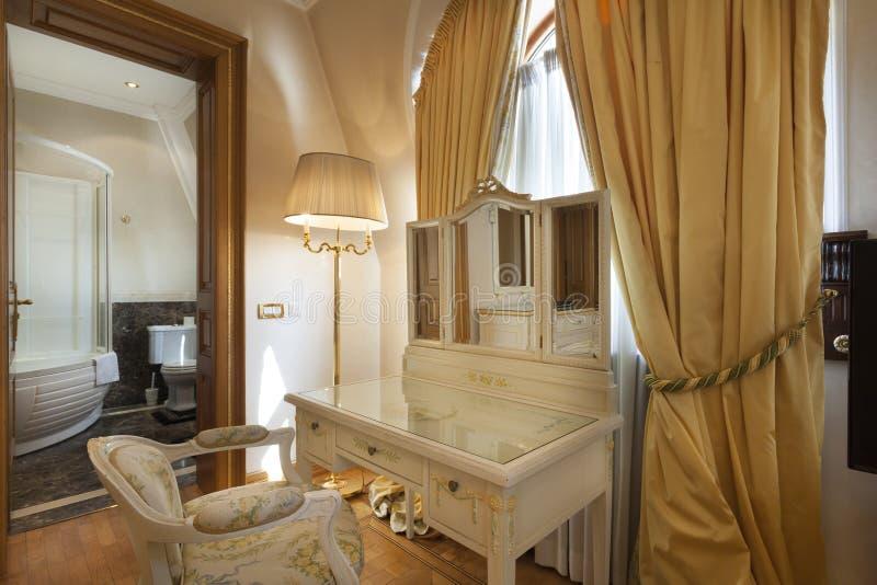 Download Intérieur D'une Salle Classique De Style Image stock - Image du type, intérieur: 45368671