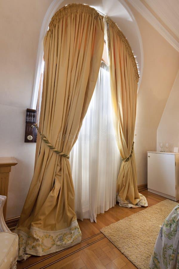 Download Intérieur D'une Salle Classique De Style Image stock - Image du morceau, beige: 45369035