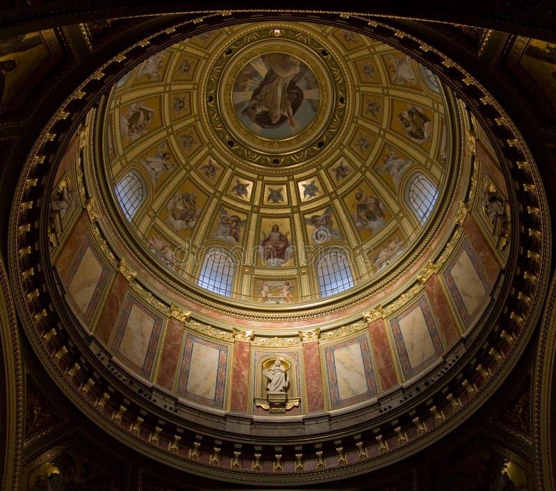Intérieur de basilique à Budapest photo stock
