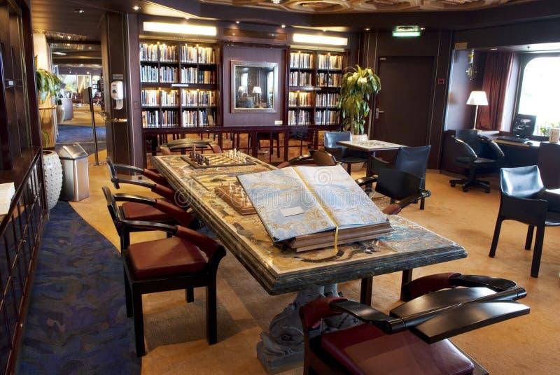 Intérieur de bibliothèque photos libres de droits