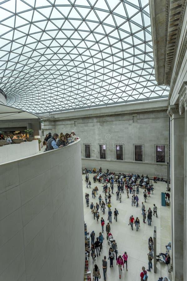 Intérieur de British Museum avec l'auvent vitré photo stock