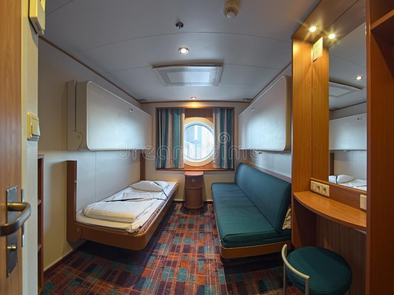 Intérieur de cabine à la milliseconde cruiseferry Baltic Princess de compagnie maritime de Tallink image stock