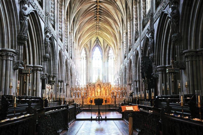 Intérieur de cathédrale, Lichfield, Angleterre image stock