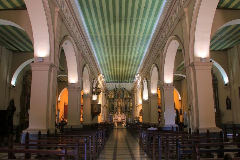 Intérieur de cathédrale métropolitaine de notre Madame de l'hypothèse photographie stock libre de droits