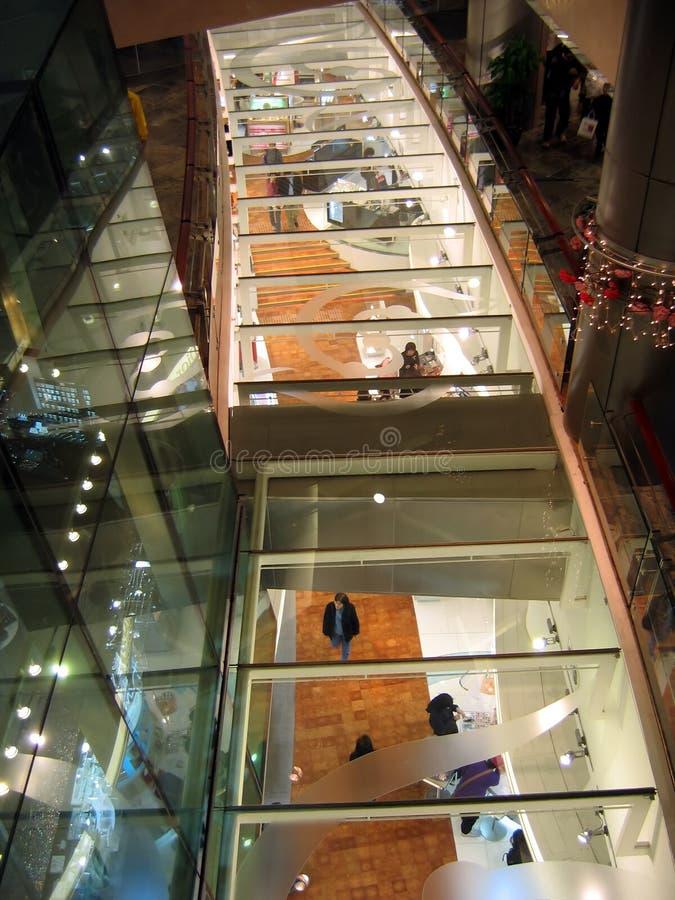 Intérieur de centre commercial photo libre de droits
