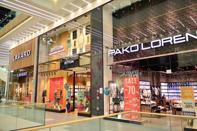 Intérieur de centre commercial moderne Galeria Mlociny image stock