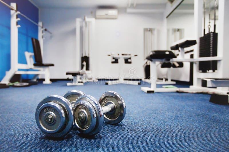 Intérieur de centre de fitness image libre de droits