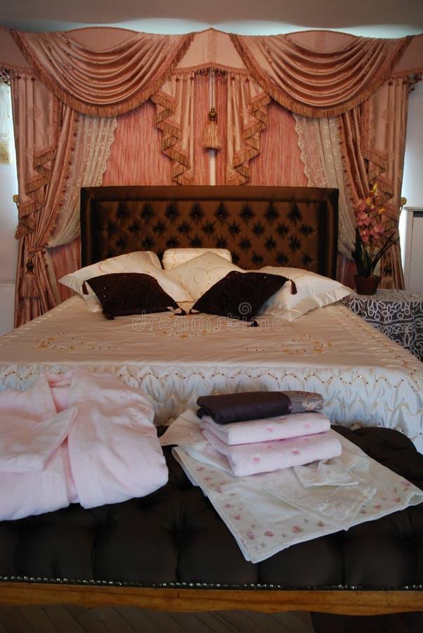 Intérieur de chambre à coucher. images libres de droits