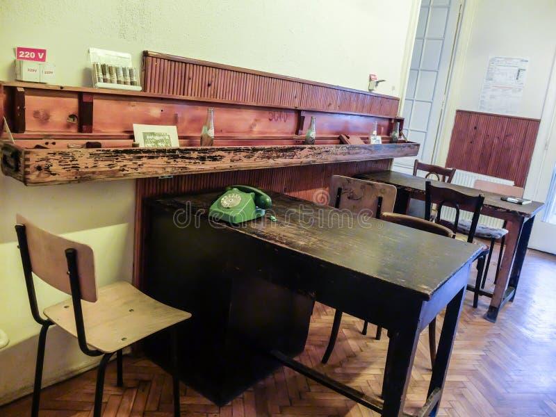 Intérieur de communisme dans un bar image stock