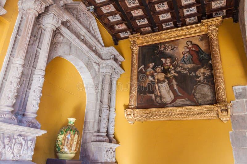 Intérieur de couvent Santo Domingo dans Cuzco images stock