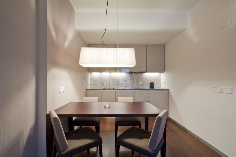 Intérieur de cuisine de suite d'hôtel photos stock