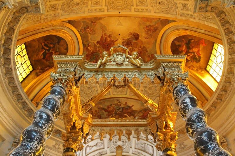 Intérieur de l'église de DES Invalides, Paris, France de Saint Louis images libres de droits