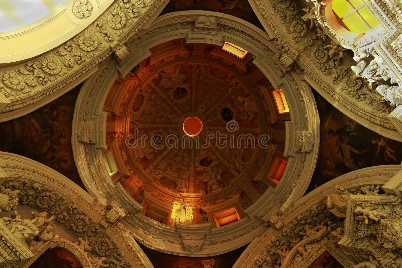 intérieur de l'église de St Mary Major photographie stock