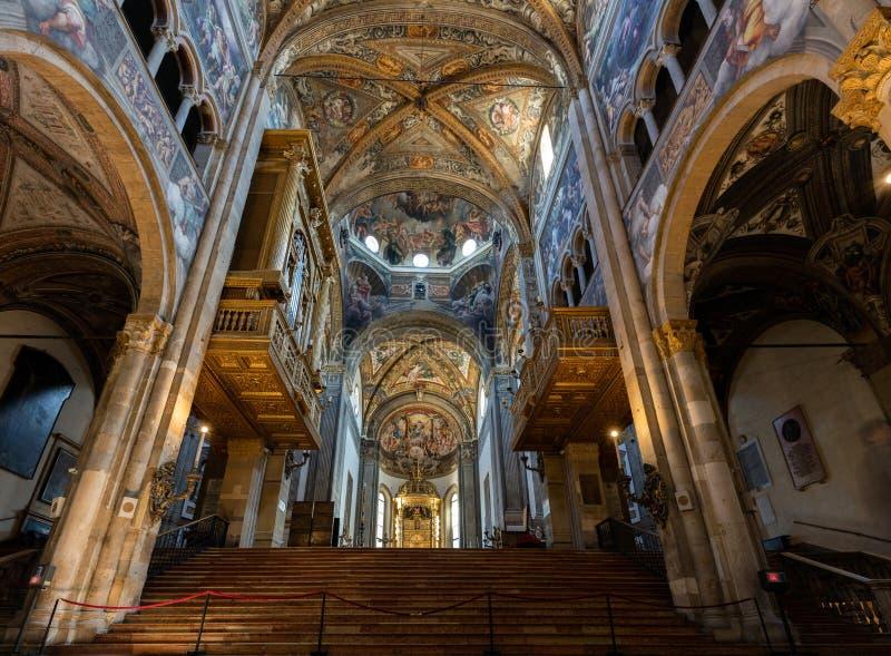 Intérieur de la cathédrale de Parme image libre de droits