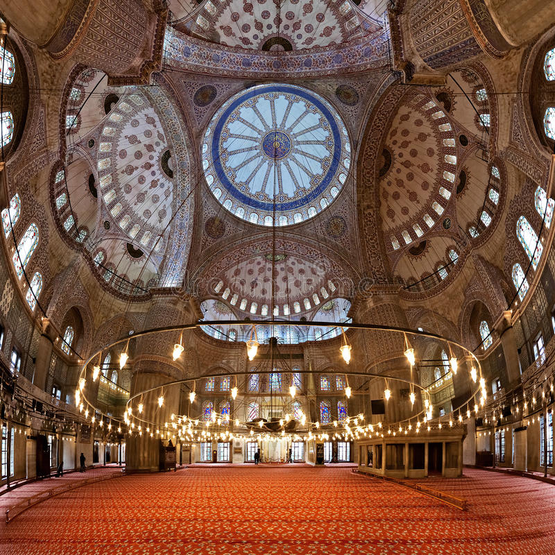 Intérieur de la mosquée de Sultanahmet à Istanbul photographie stock