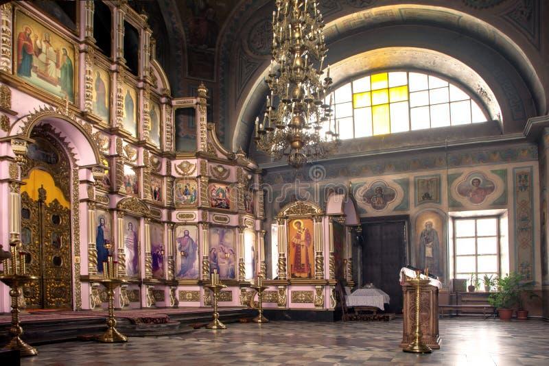 Intérieur de la Russie, Riazan le 1er février 2019 - de l'église orthodoxe, autel, iconostase, dans la lumière naturelle photographie stock libre de droits