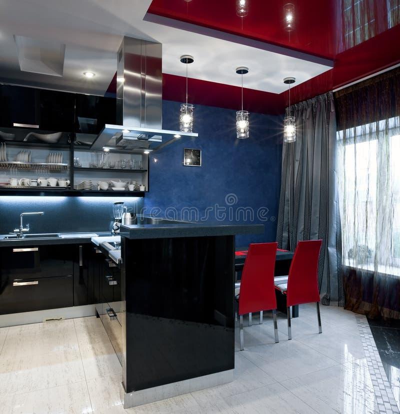Intérieur de luxe de cuisine photographie stock libre de droits