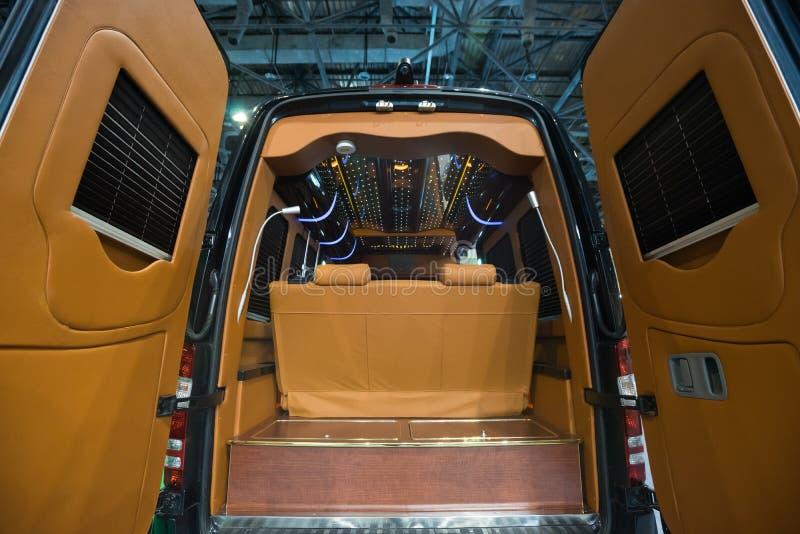 Intérieur de luxe de véhicule images stock